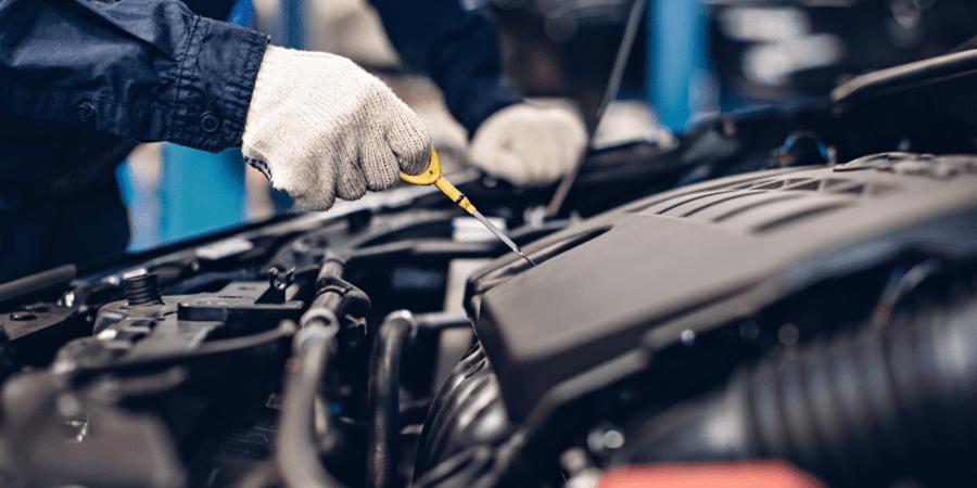¿Qué necesito checar de mi auto para empezar el año correctamente?